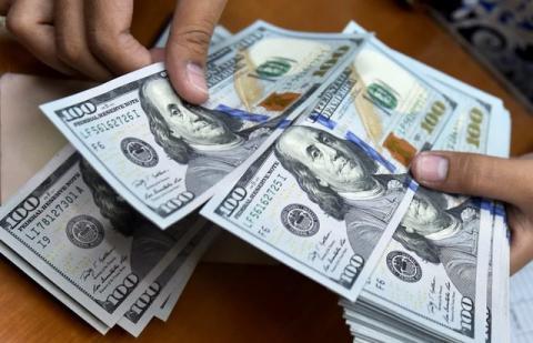 تفاوت قیمت ارز مسافرتی در صرافی ها و بانک ها