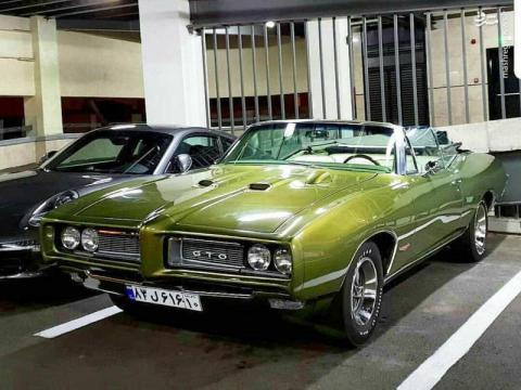 خودرو زیبا و گران قیمت آمریکایی در ایران/عکس