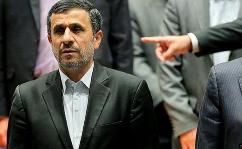 نبش قبر تخلفات احمدینژاد با اما و اگر!