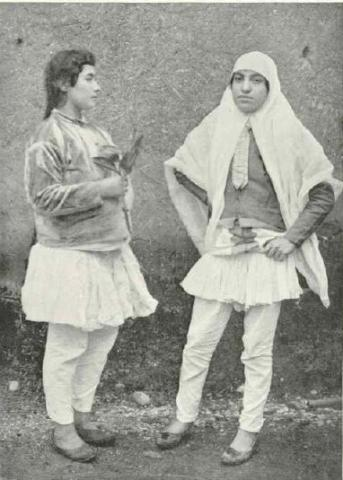 تیپ دختران ایرانی،۱۰۰ سال پیش/عکس