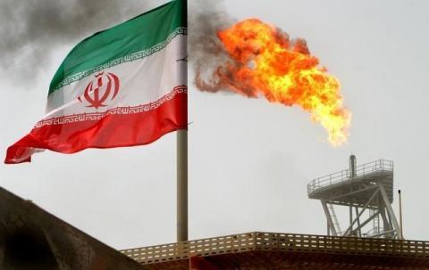 افزایش تولید نفت ایران به ۱۰ هزار بشکه در روز