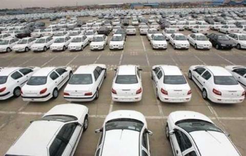 احتکار ۹۰ هزار خودرو توسط ایران خودرو و سایپا!