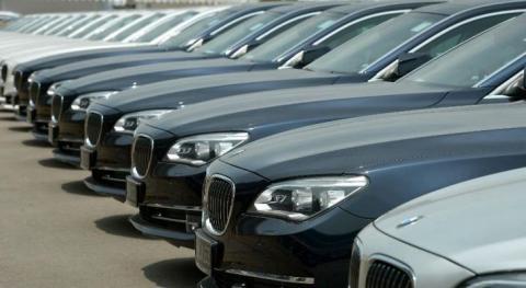 از پشت پرده قاچاق خودرو تا گرانی 100میلیونی برخی خودروها