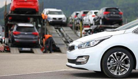 ریزش قیمت خودرو با خبر آزادسازی واردات