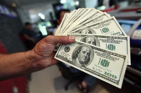 نگاهی به وضعیت دلار در بازار غیررسمی