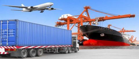 جهانگیری: نباید وقفهای در صادرات و واردات کشور ایجاد شود