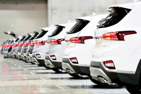 واردات خودرو به دست خودروسازان می افتد؟